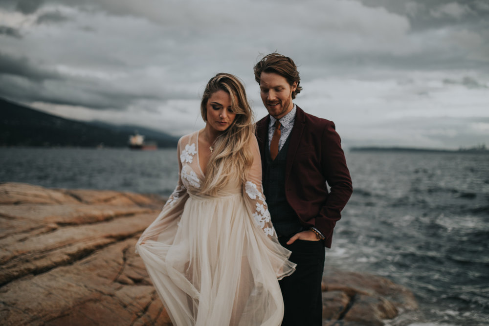 adventure_elopment_engagement_vancouver_photographer_lighthouse_park_34.JPG
