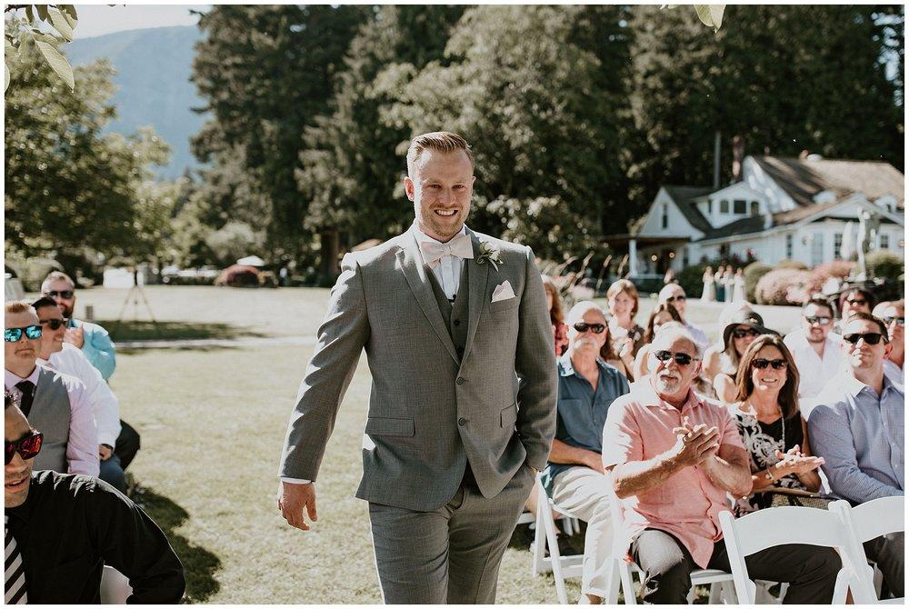 rowenas-inn-on-the-river-wedding-020.JPG