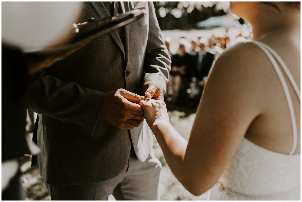 rowenas-inn-on-the-river-wedding-039.JPG