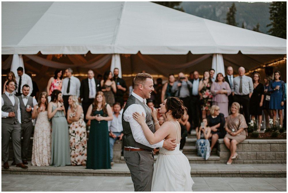 rowenas-inn-on-the-river-wedding-093.JPG