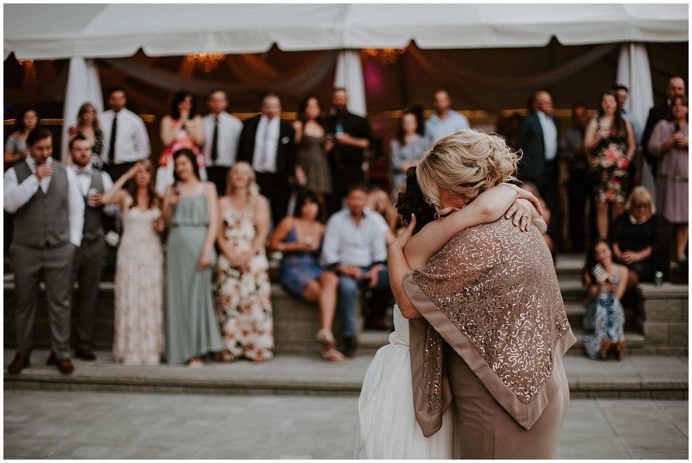 rowenas-inn-on-the-river-wedding-098.JPG