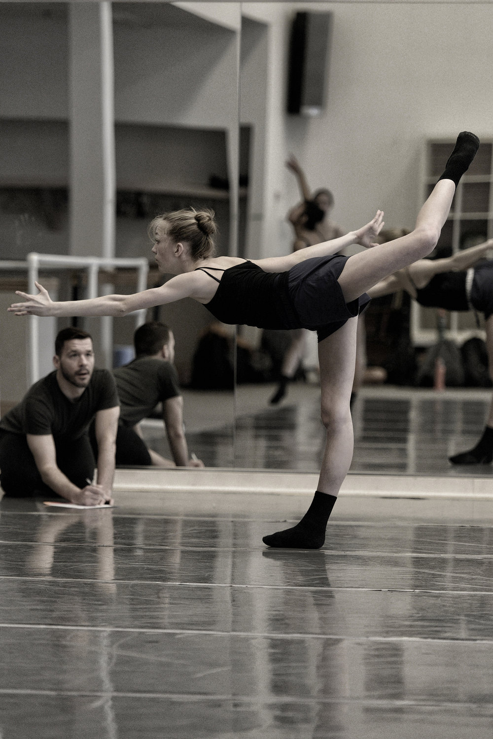 In rehearsal for a new work at Arts Umbrella (Vancouver) with Cordelia Pentland. Photo by Michael Slobodian, courtesy of Arts Umbrella.