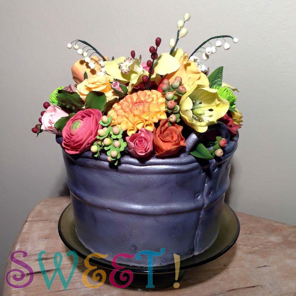 bucket cake2.jpg