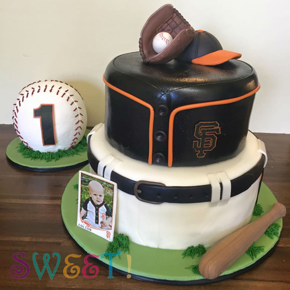 giants cake.jpg