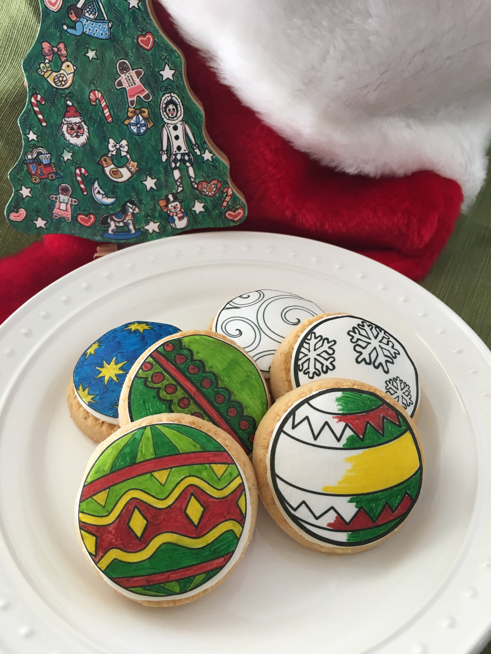 Ornament Cookies.jpg
