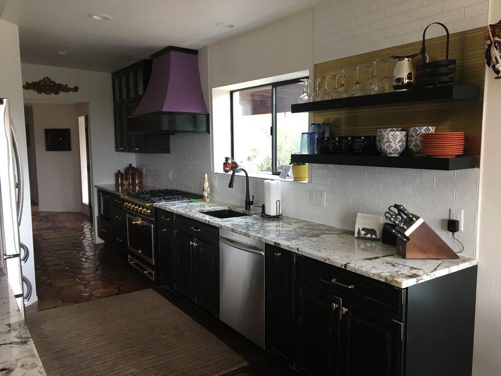 Iris' kitchen after!