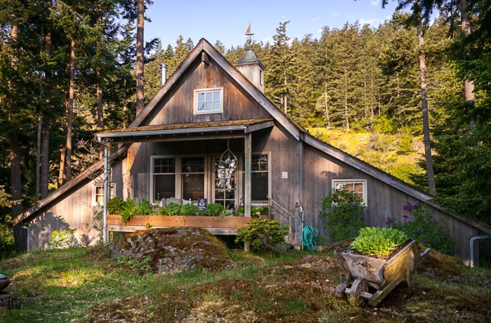 Stay at this cabin on a farm for $157 a night -