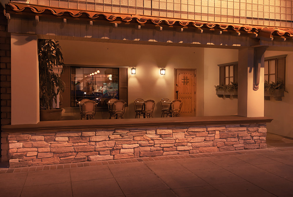 exteriorBellaVivasmall.jpg