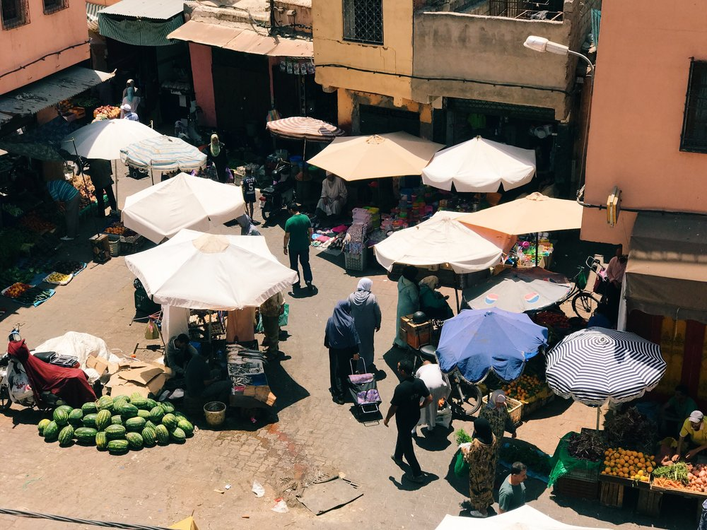 AFTERNOON MARKETS |  DURING RAMADAN, THE CITY DOESN'T COME TO LIFE UNTIL ABOUT 10 OR 11 AM DUE TO THE LATE NIGHT FEAST AND FESTIVITIES THAT OCCUR THE EVENING PRIOR