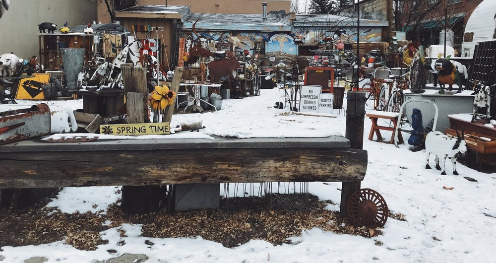 ONE MAN'S JUNK   |  AN INDOOR/OUTDOOR ANTIQUE SHOP downtown.
