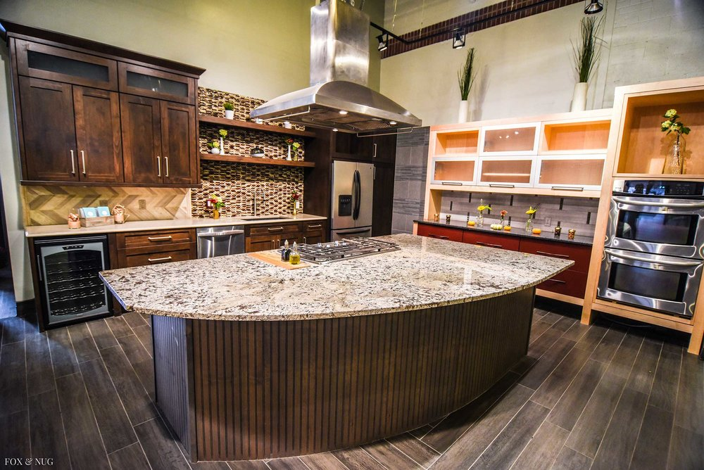 Fully functional kitchen perfect for cooking classes and video shoots.