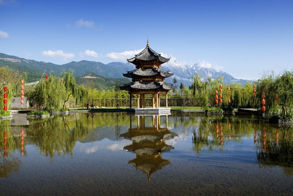 FH_061006_Hero_BTLJ Pagoda_JDS Mt_KN20923.jpg