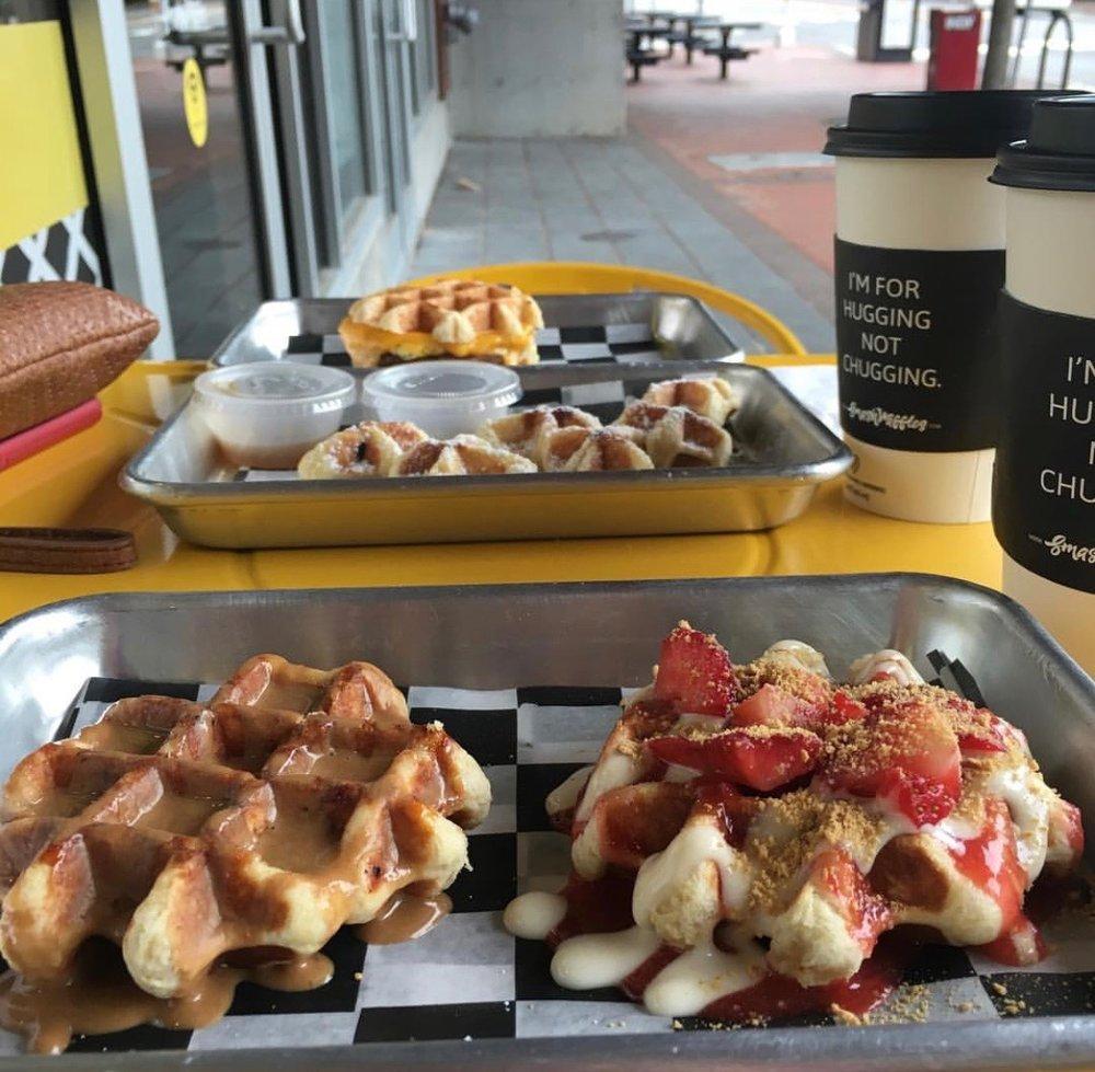 smashed-waffles-fans_2206.jpg