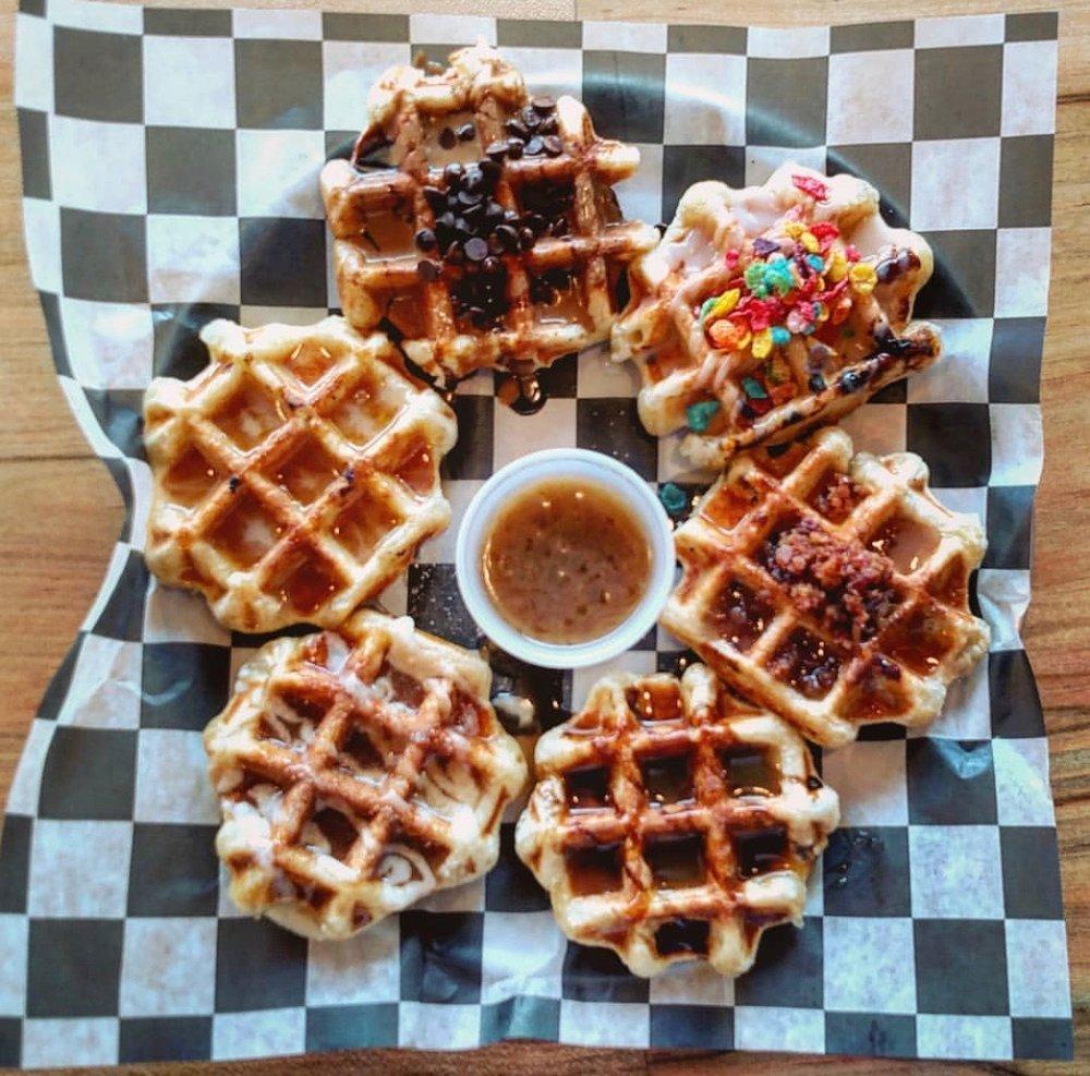 smashed-waffles-fans_2387.jpg