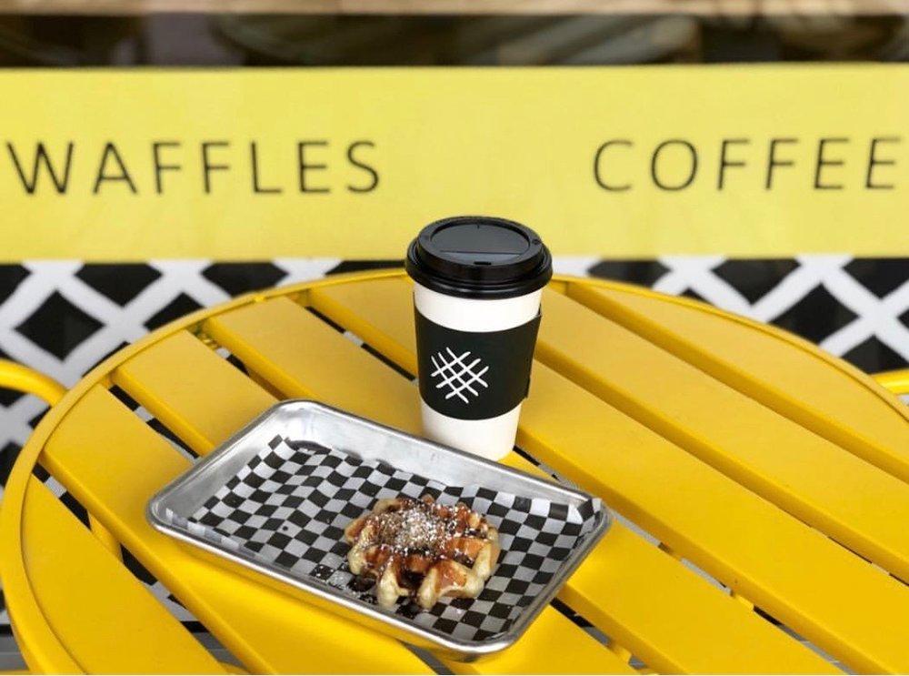 smashed-waffles-fans_E1544.jpg