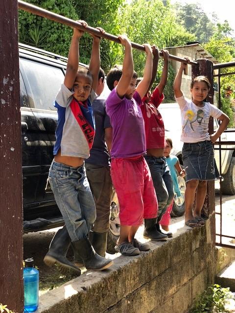 Gu - Kids Hanging.jpg