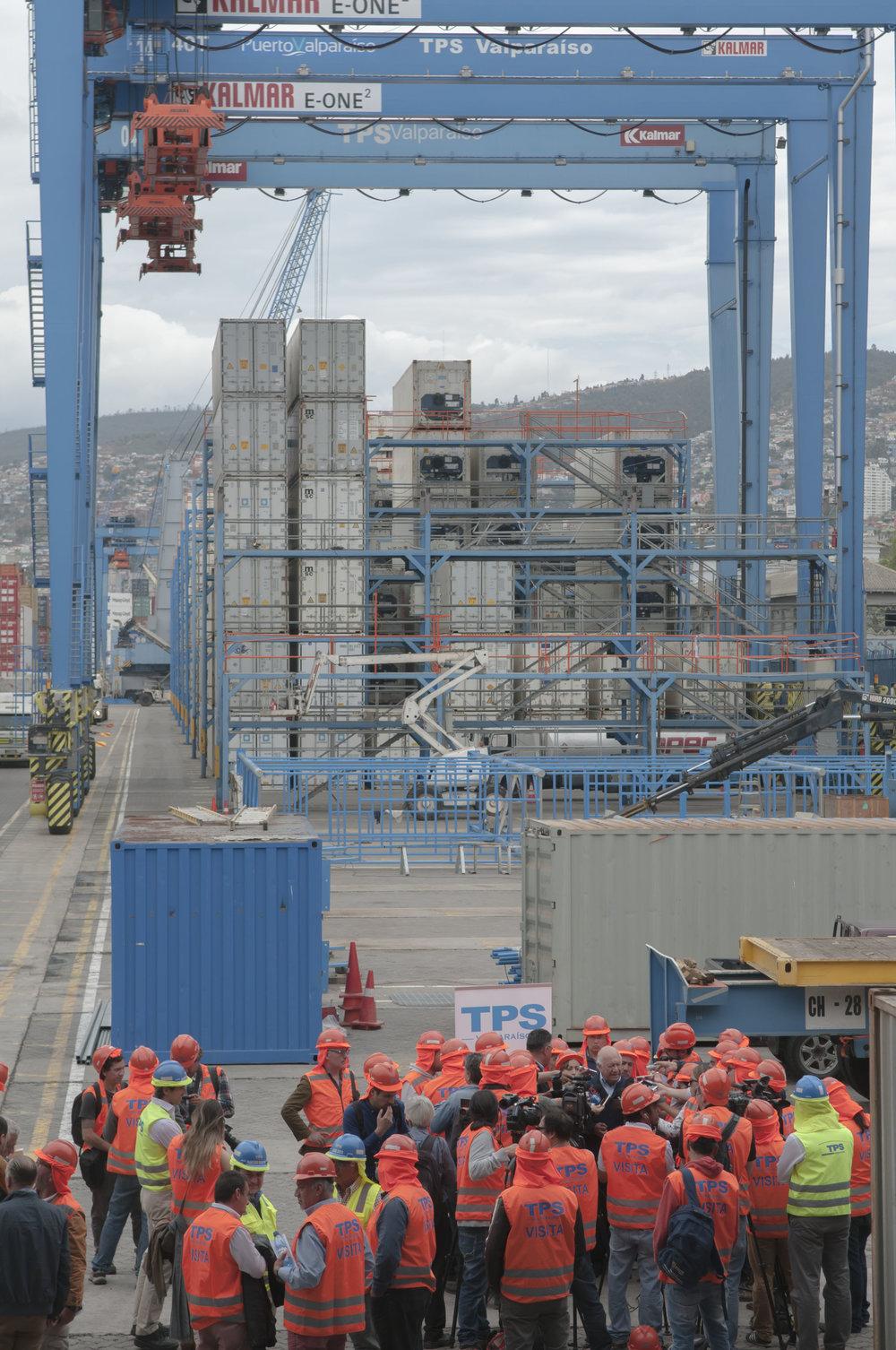 Conferencia de prensa en el puerto de Valparaíso.