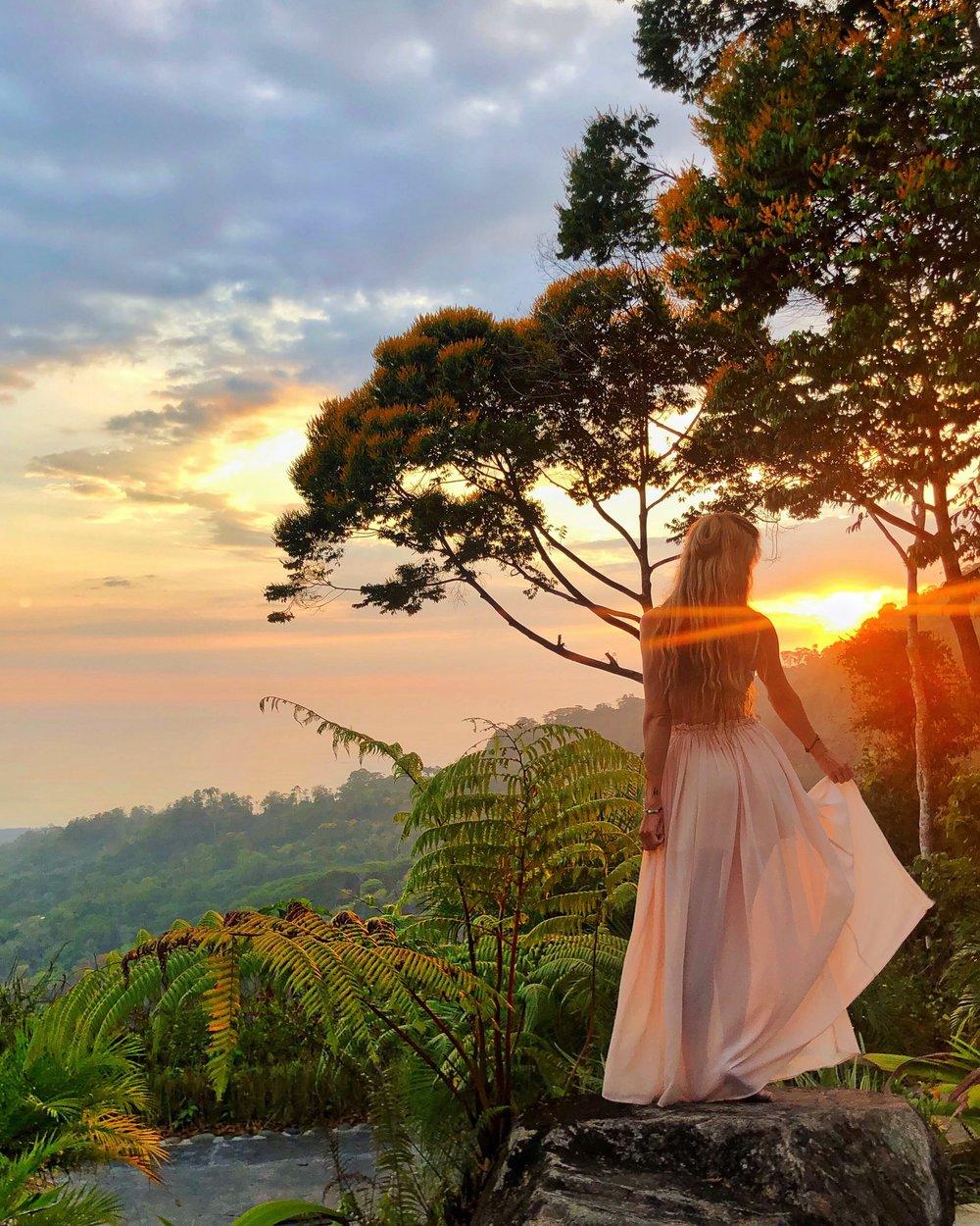 Costa Rica: @Yoga_ky