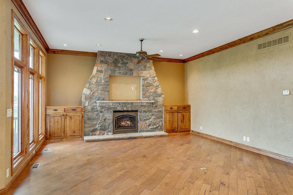 8203 E Champions St Wichita KS-print-013-115-Family Room-2500x1667-300dpi.jpg