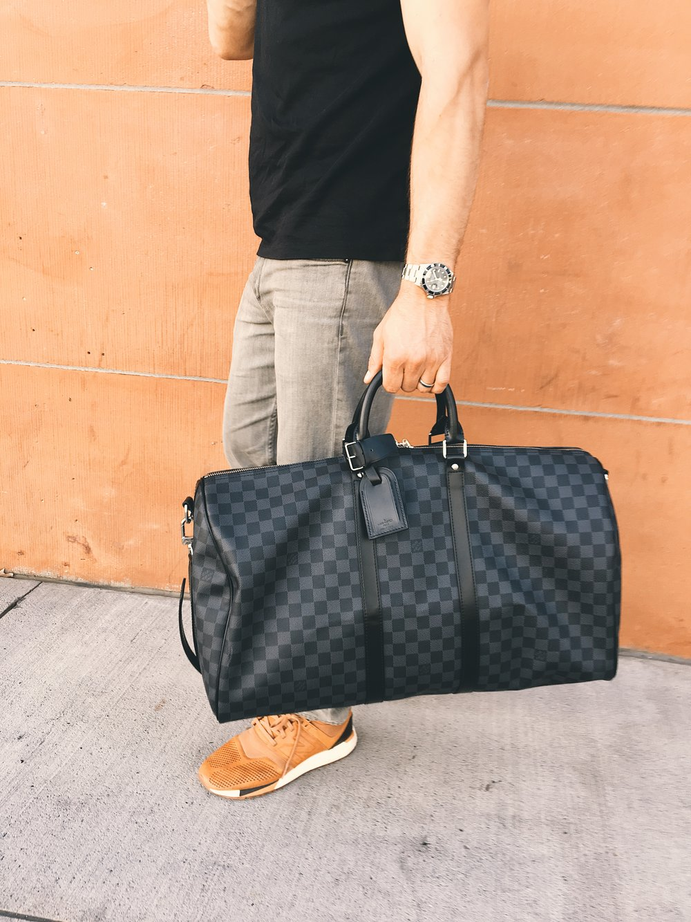 f43ad86324b Louis Vuitton Keepall Bandouliere 55 in Damier Graphite — Fellow Gent