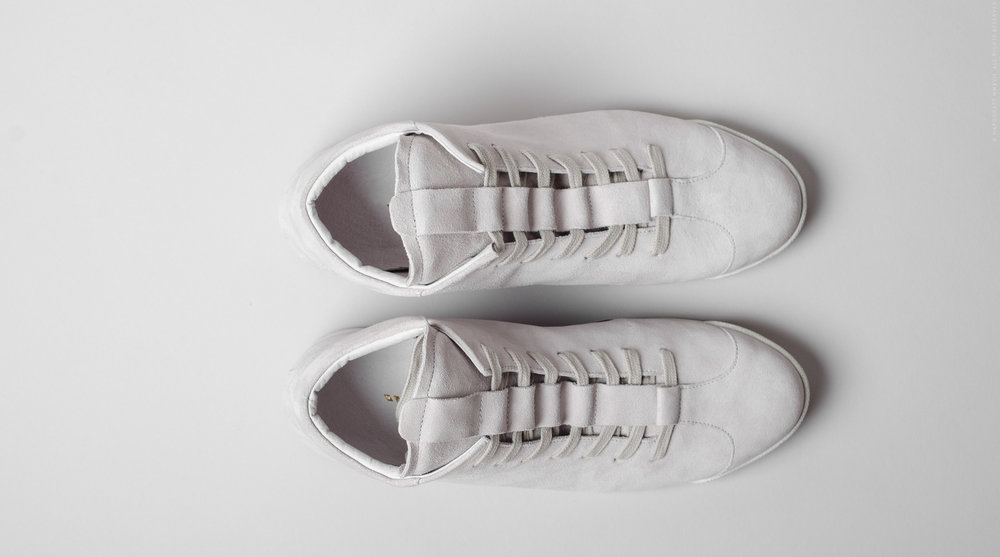 sneakerghost-06.jpg