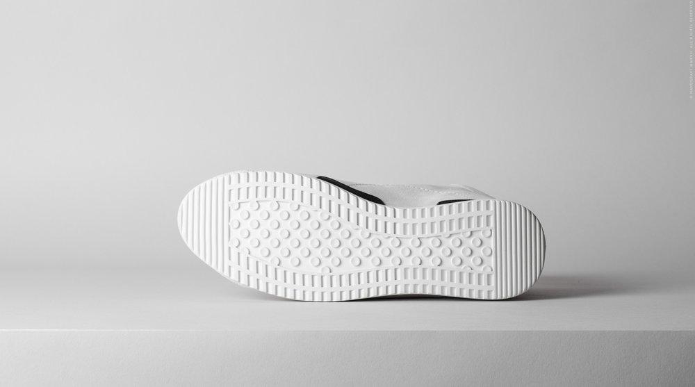 sneakerghost-07.jpg