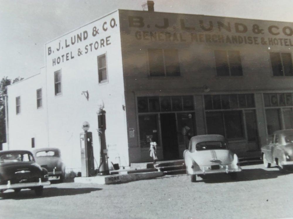 B.J. Lund Store, 1940's