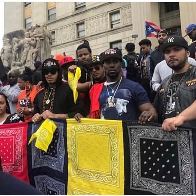Gangs united in NYC ... Latin Kings, Bloods,Crips ... #NipseyHussle #themarathoncontinues 🏁🔸♦️🔹... 1-4-18 ADR 🤟🏽👑 🖐🏽 #Black #Brown #united #gangs #street #hood #ghetto #survivor #fighter #noguns #nokilling