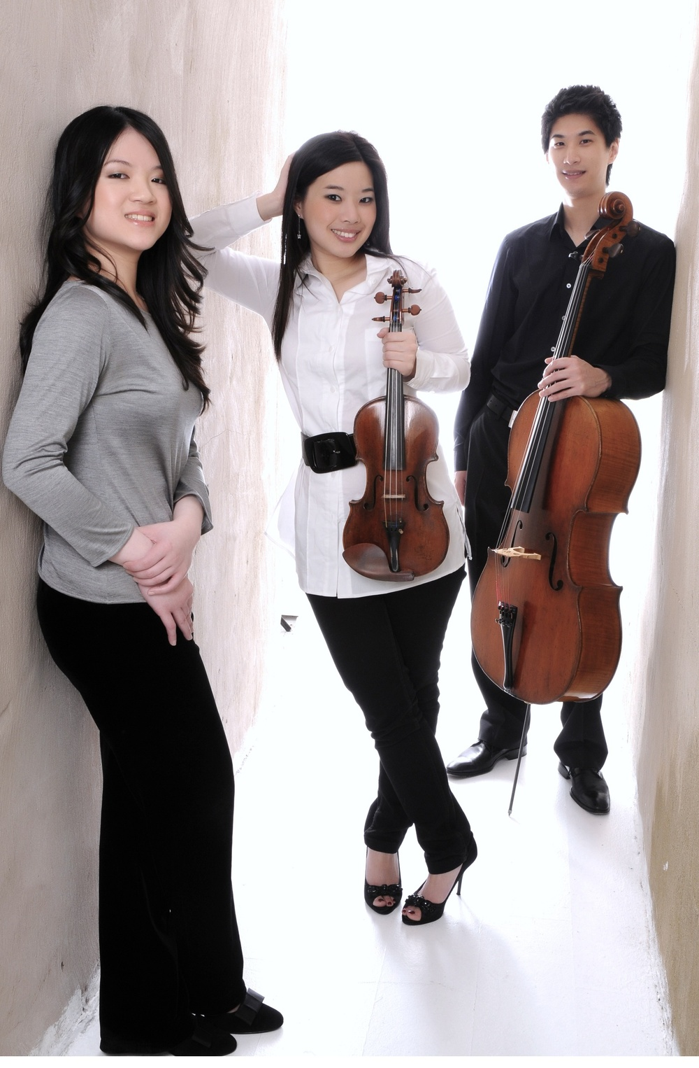 Fournier Trio is Chiao-Ying Chang (piano), Sulki Yu (violin), and Pei-Jee Ng (cello).