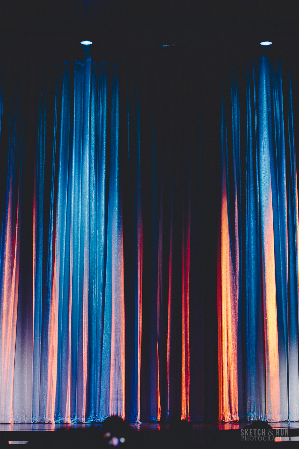 curtains, light, blue and orange