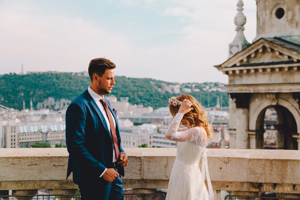 St Stephen's Basilica, Budapest, Wedding Photo, street photography