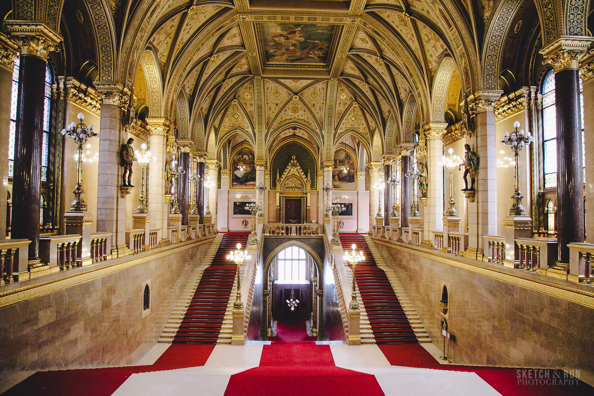 Hungarian Parliament Main Hall, interior design