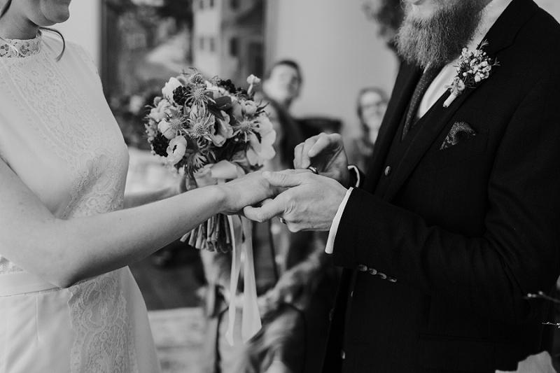Intimate-winter-wedding-in-denmark (17).jpg