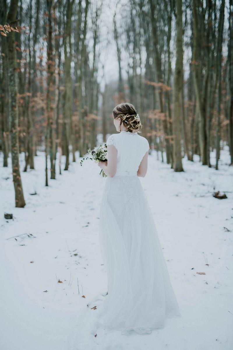 Intimate-winter-wedding-in-denmark (53).jpg