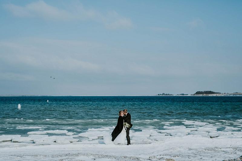 Intimate-winter-wedding-in-denmark (80).jpg