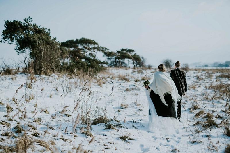 Intimate-winter-wedding-in-denmark (86).jpg