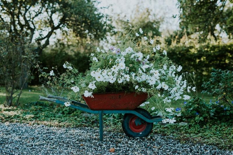 making-autumn-bridal-bouquet_6897.jpg