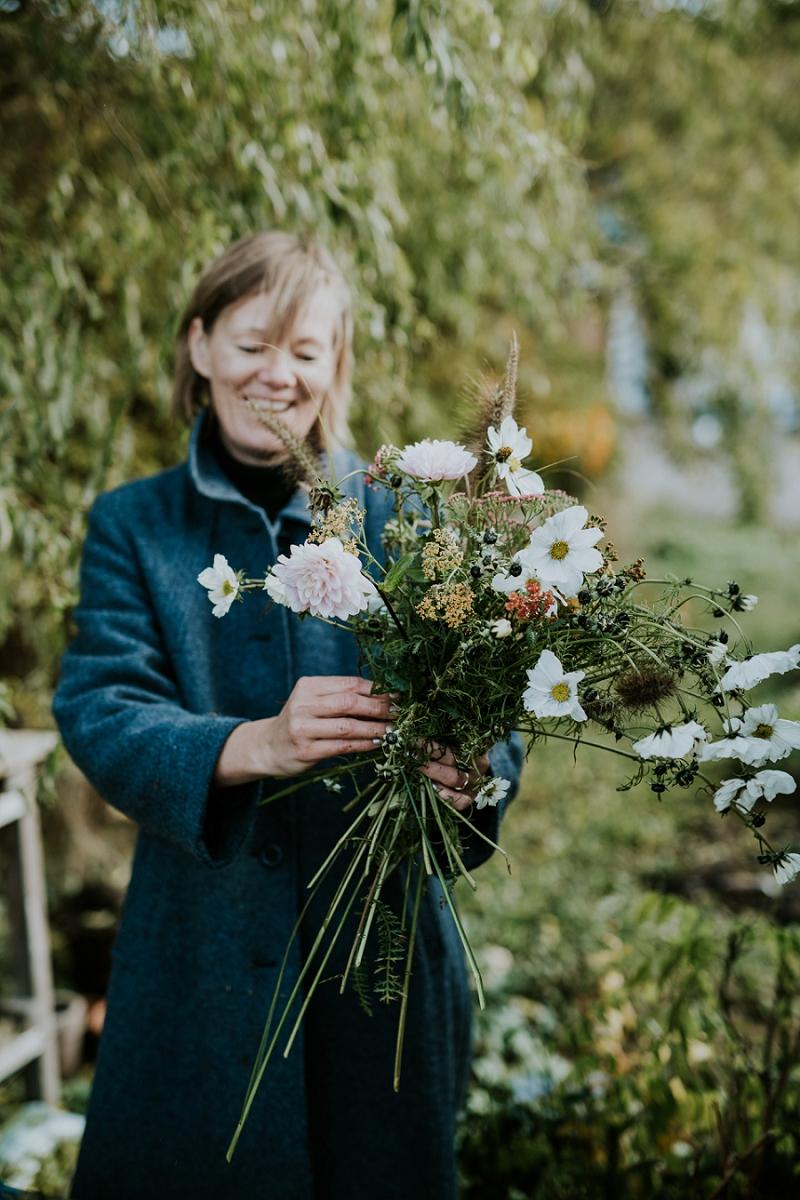 making-autumn-bridal-bouquet_6917.jpg