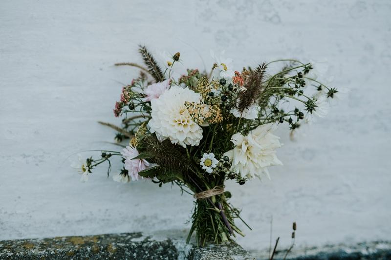 making-autumn-bridal-bouquet_6921.jpg
