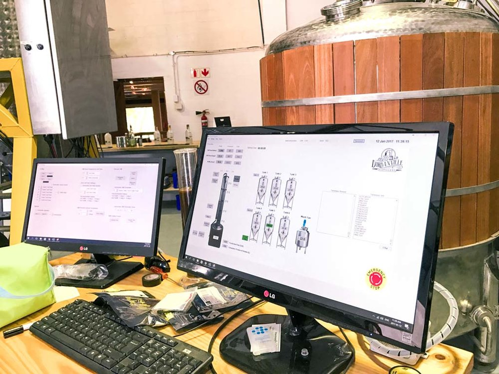 The computer system that controls all aspects of the vacuum distilling process