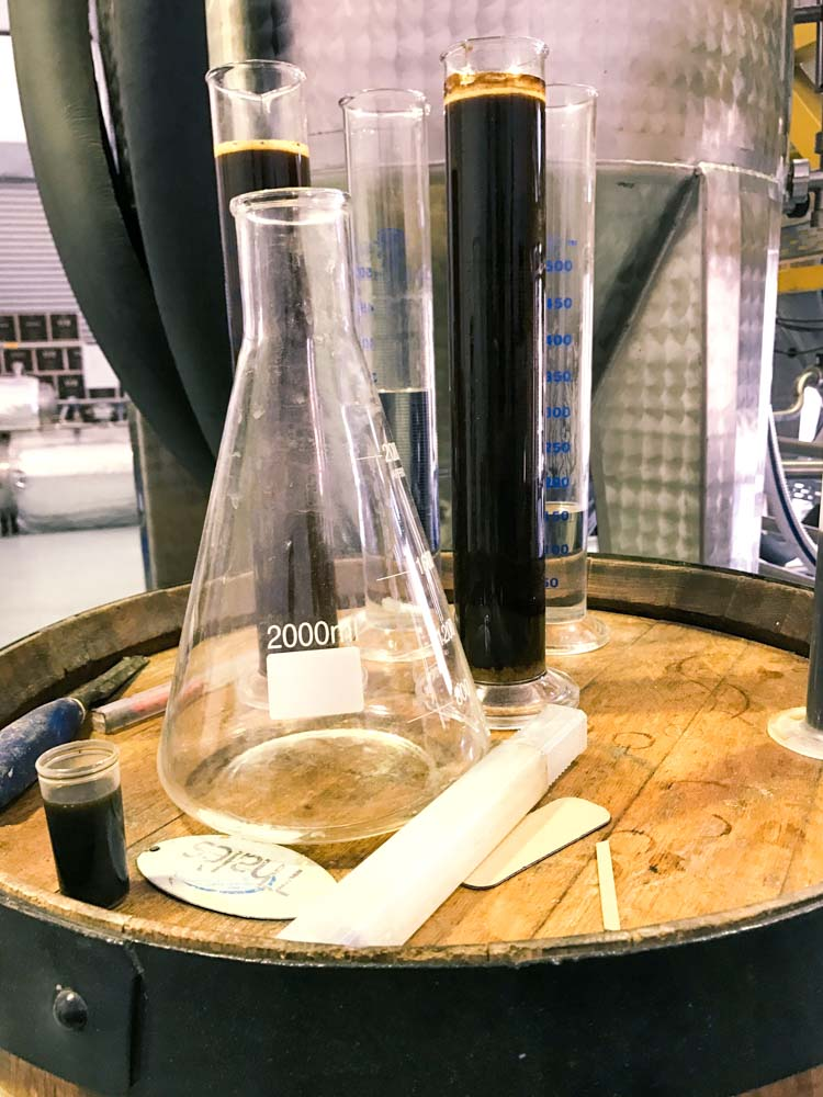 Molasses used for the vacuum distilled rum
