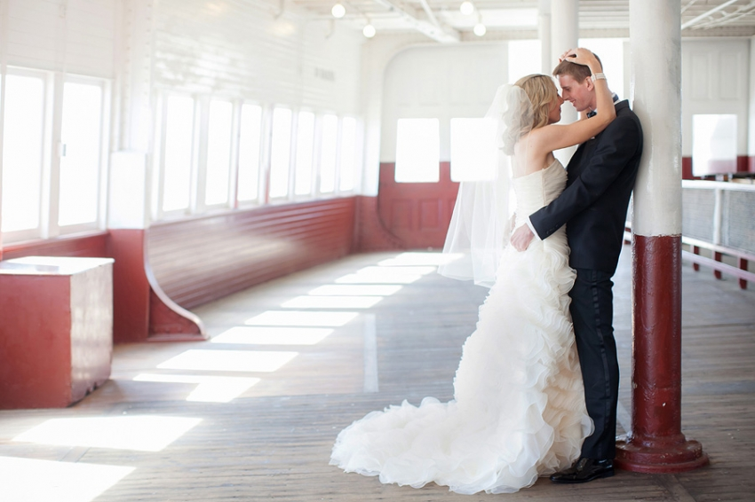 0001_KNw_St_Francis_Yacht_Club_Wedding_lpp.jpg