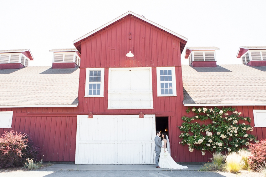 Auberge_Elopement_Photography_Napa_016.jpg