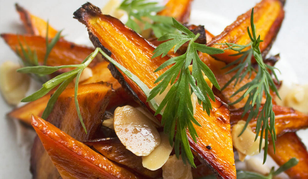 Roasted_Carrots_with_Dill_Terragon_Yogurt_Sauce.jpg