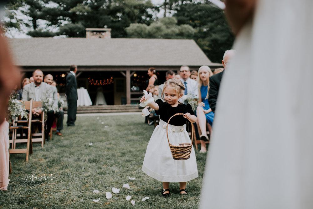 Grand-Rapids-Wedding-Danielle-Brian-Vafa-Photo-661.jpg