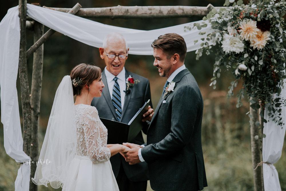 Grand-Rapids-Wedding-Danielle-Brian-Vafa-Photo-684.jpg