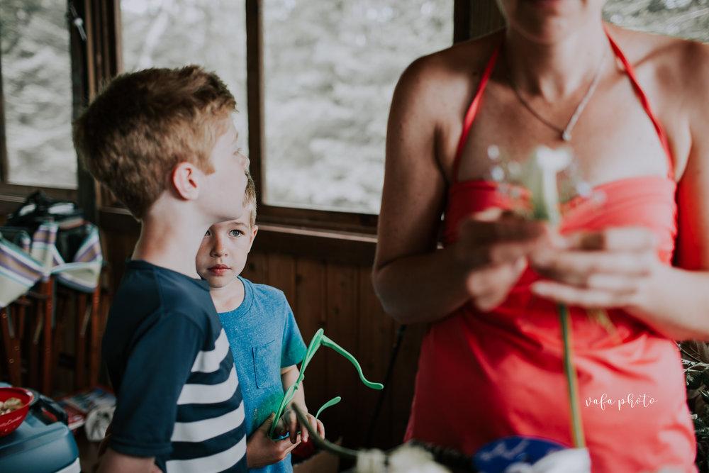 Michigan-Lake-House-Wedding-Madeline-Patrick-Vafa-Photo-27.jpg