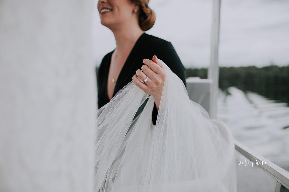 Michigan-Lake-House-Wedding-Madeline-Patrick-Vafa-Photo-128.jpg