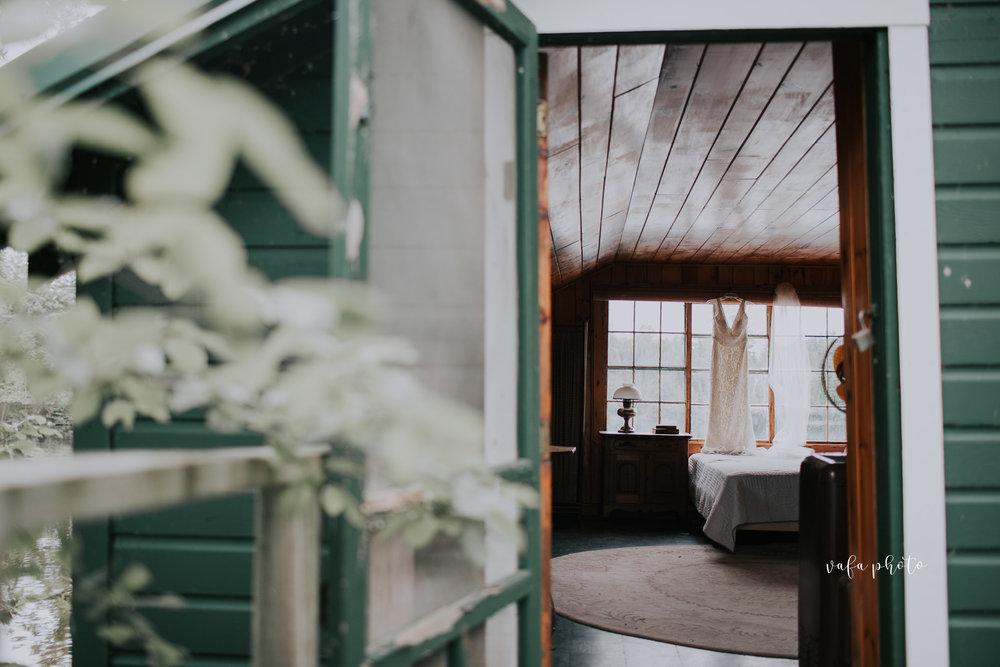 Michigan-Lake-House-Wedding-Madeline-Patrick-Vafa-Photo-146.jpg