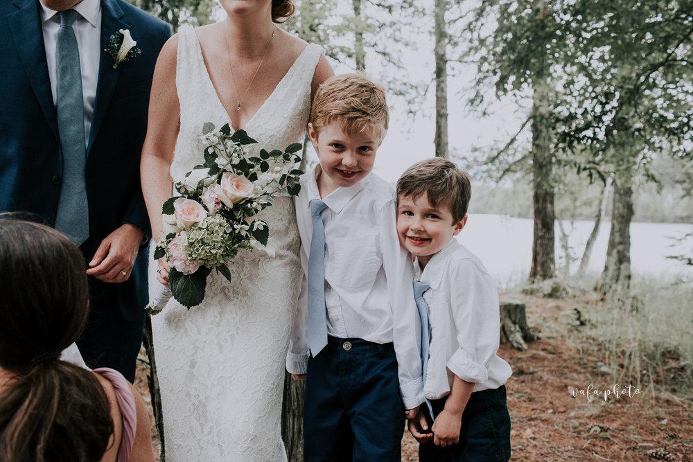 Michigan-Lake-House-Wedding-Madeline-Patrick-Vafa-Photo-475.jpg